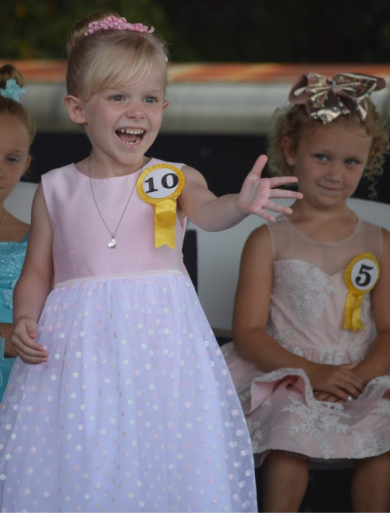Babies, Tots and Sweethearts Crowned on Ox III