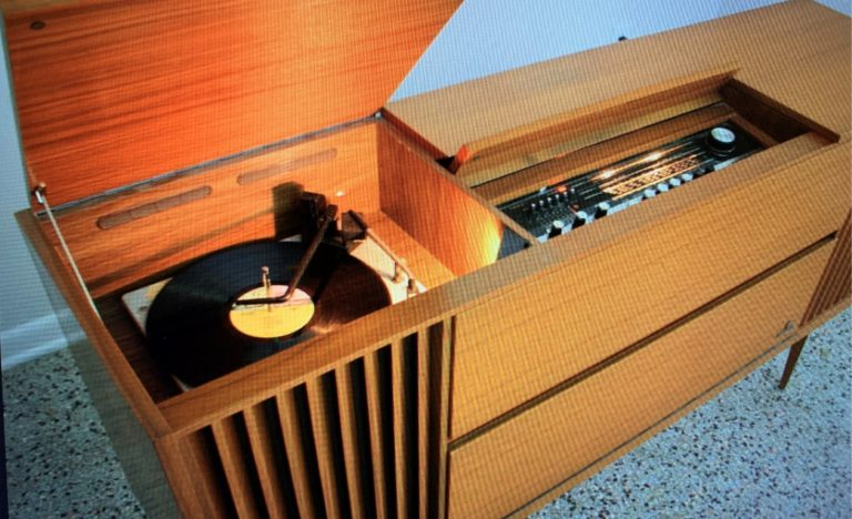 Random Music Ramblings – Turntable Memories … In Stereo