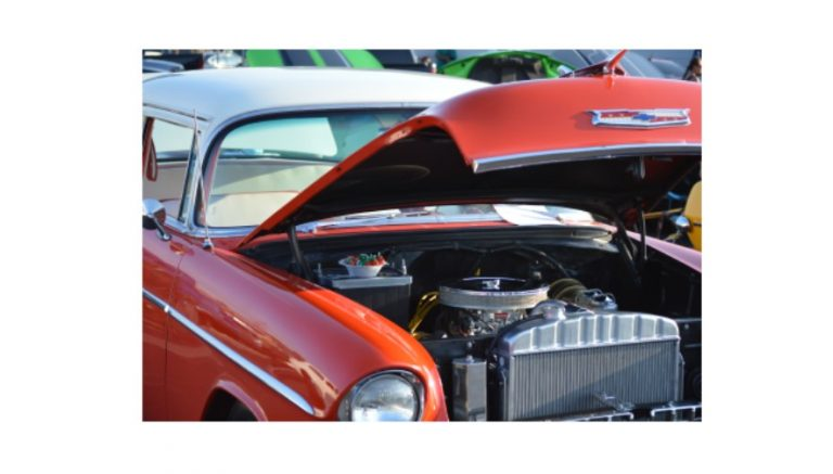 Strawberry Festival Show draws vehicles and fans